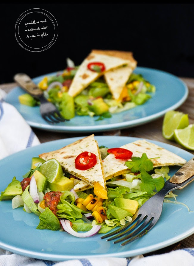 Quesadillas med mexikansk salat og pico de gallo